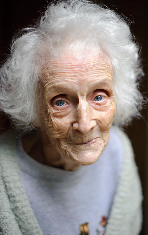 Alte HäSsliche Frau