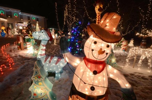 Christmas_Lights_-017c4